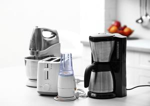 Household and kitchen appliances