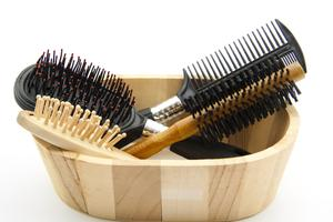 Hairbrushes in the wood container